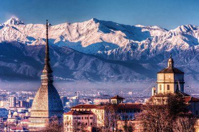 Torino si sviluppa come centro di valle alle pendici delle Alpi